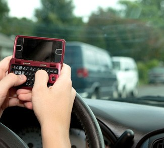Southern California Personal Injury Law Firm Urges Parents to Inform Teenage Drivers of Their Rights in an Accident 1